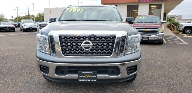 Pre-Owned 2017 Nissan Titan SV
